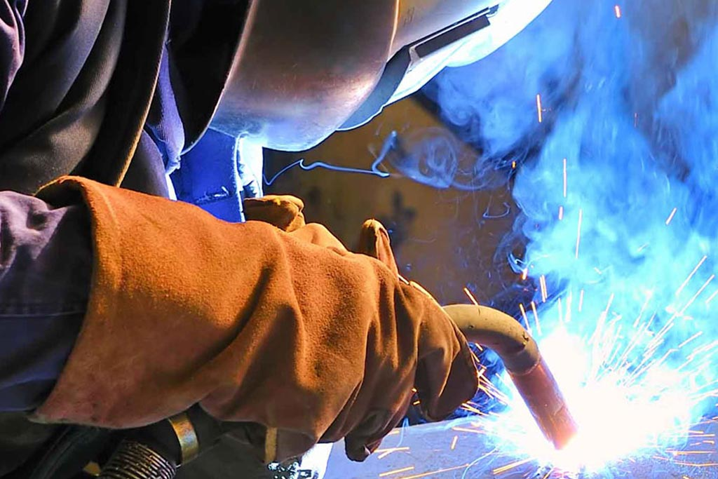 WELDING & CUTTING